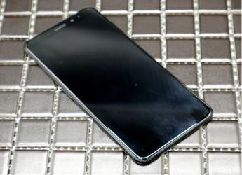 魅族第一款全面屏手机,魅蓝s6首发开箱外观简评