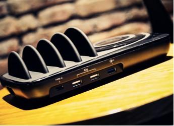 以无线充电加持打造收纳充电一体式桌面电站—明能X Pro上手