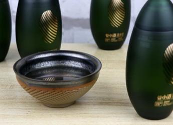 墨绿米粒带来的南派清香美酒——谷小酒清米粒体验