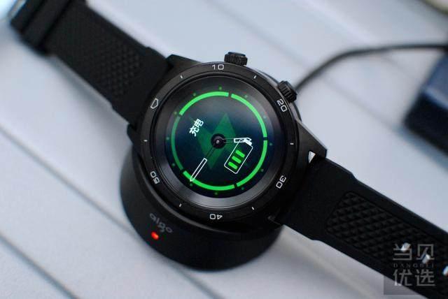 突破制造极限,将传统与智能结合引领智能手表新格局!