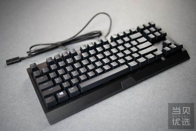 绿油油的小蜘蛛:体验雷蛇新款双绿87电竞键盘